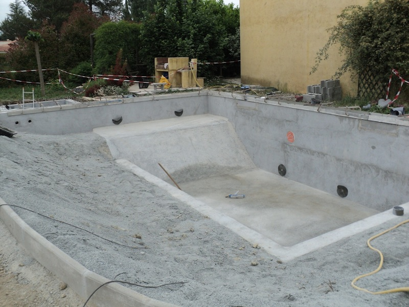 2 les tapes d 39 une construction d 39 une piscine naturelle fayence d - Prix construction piscine ...