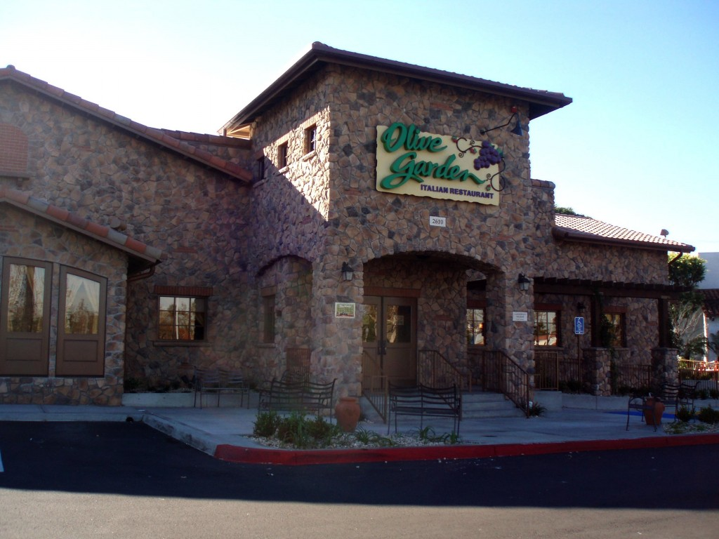 olive garden out of the closet momnesia - Olive Garden Los Angeles