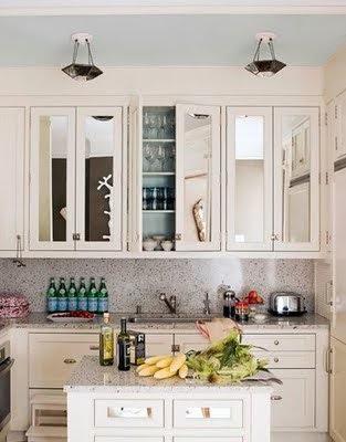 cocina con espejo