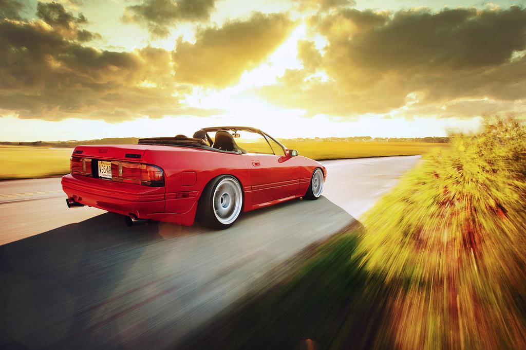 Mazda RX-7, kabriolet, FC, napęd na tył, motoryzacja z duszą, kultowy sportowy samochód, zdjęcia, JDM