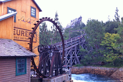 Grizzly River Run lift hill water wheel DCA Disney California