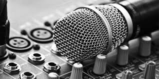 Müzik endüstrisi sürekli küçülen bir trende girdi