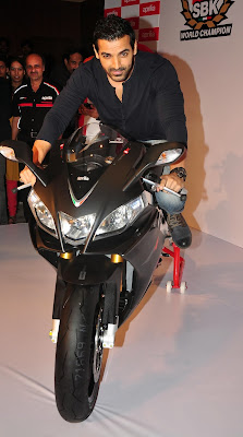 John-Abraham-on-new-Black-Aprilia-RSV4-photos