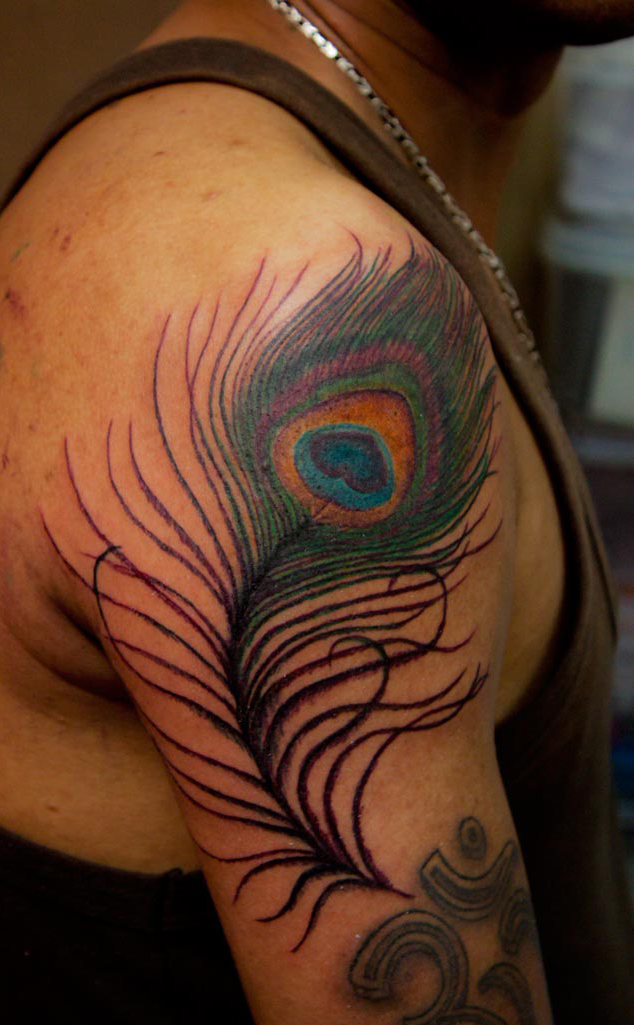 Tattoos designs pictures and ideas peacock feather for Peacock feathers tattoos