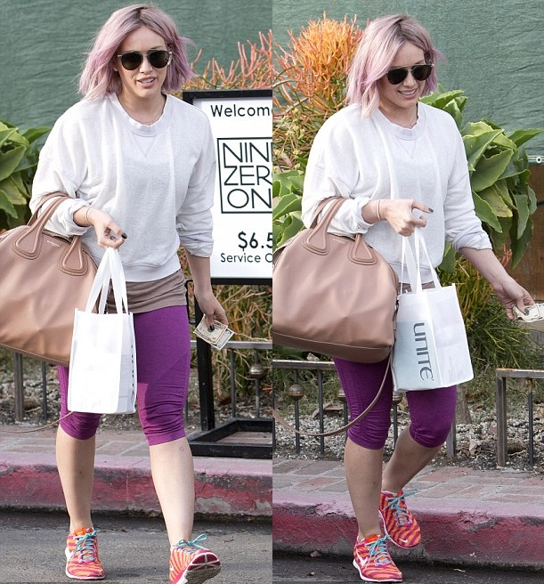 Hillary Duff Goes Pink