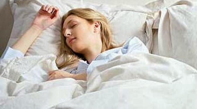 Ternyata Tidur Tanpa Pakaian Dalam Lebih Sehat