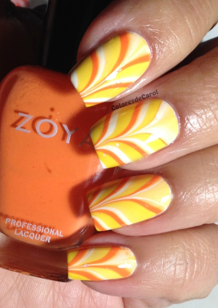 - Colores De Carol: Candy Corn Nails - Water Marble