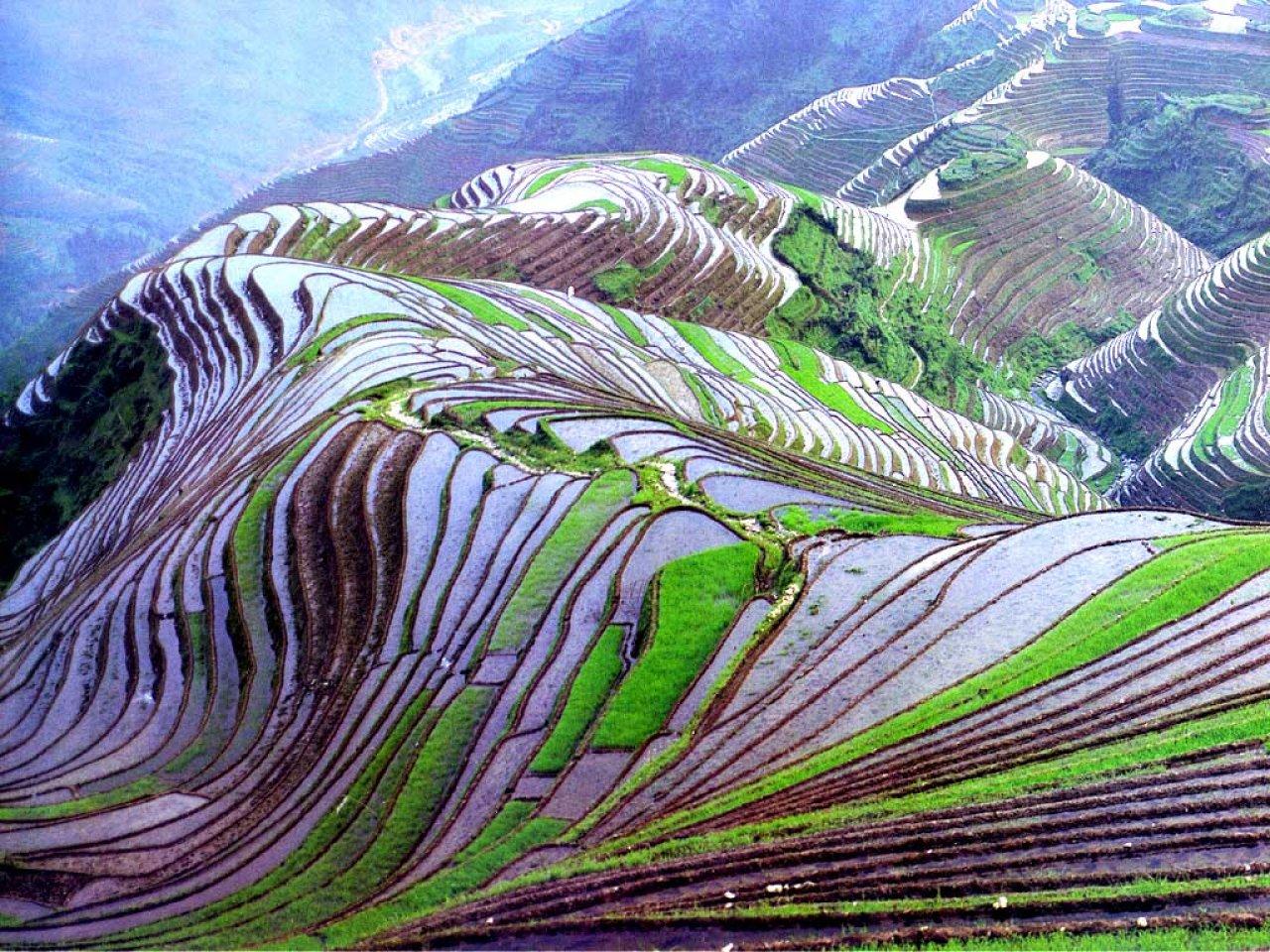 http://4.bp.blogspot.com/-nb9DSX2xVK0/UPgY6x6Xw-I/AAAAAAAAIXk/8g17ttBpGOo/s1600/The+World\'s+Most+Beautiful+Place+pic+2013+05.jpg