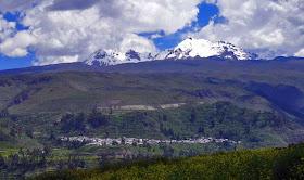 montañas y pueblos