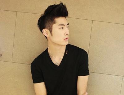 Demikian beberapa model gaya rambut pria ala korea style terbaru