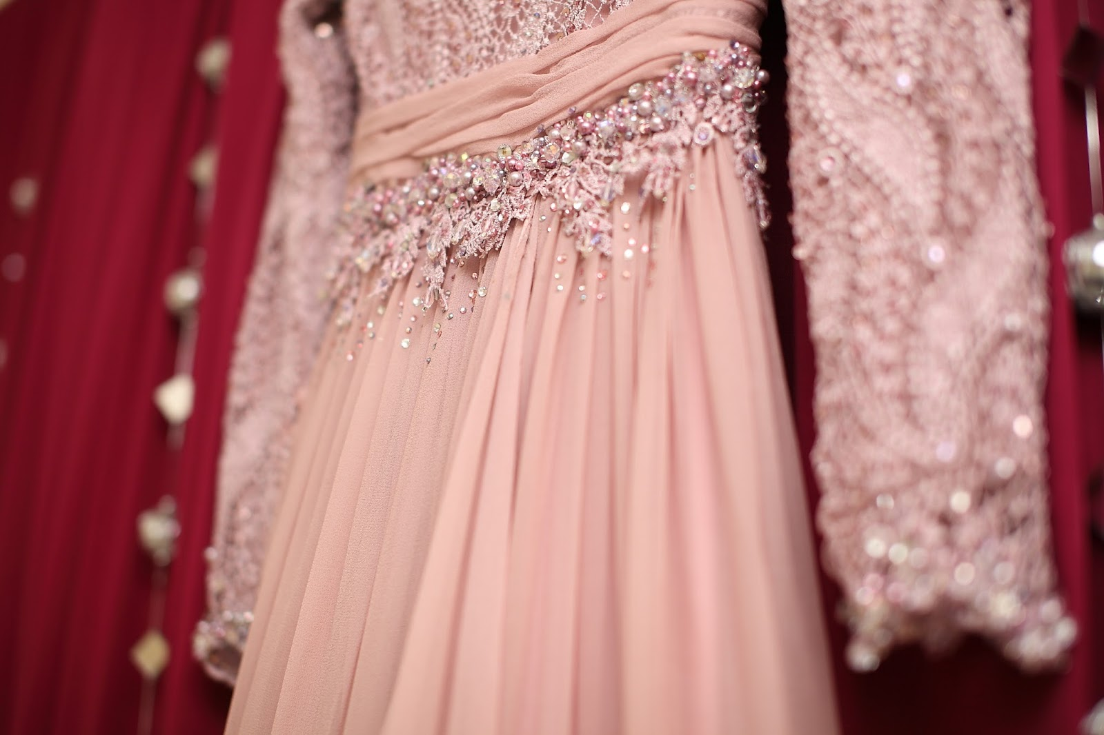 Pelabuhan Mimpi Kita: Wedding Rentals / Sewa Baju Pengantin 11, 11