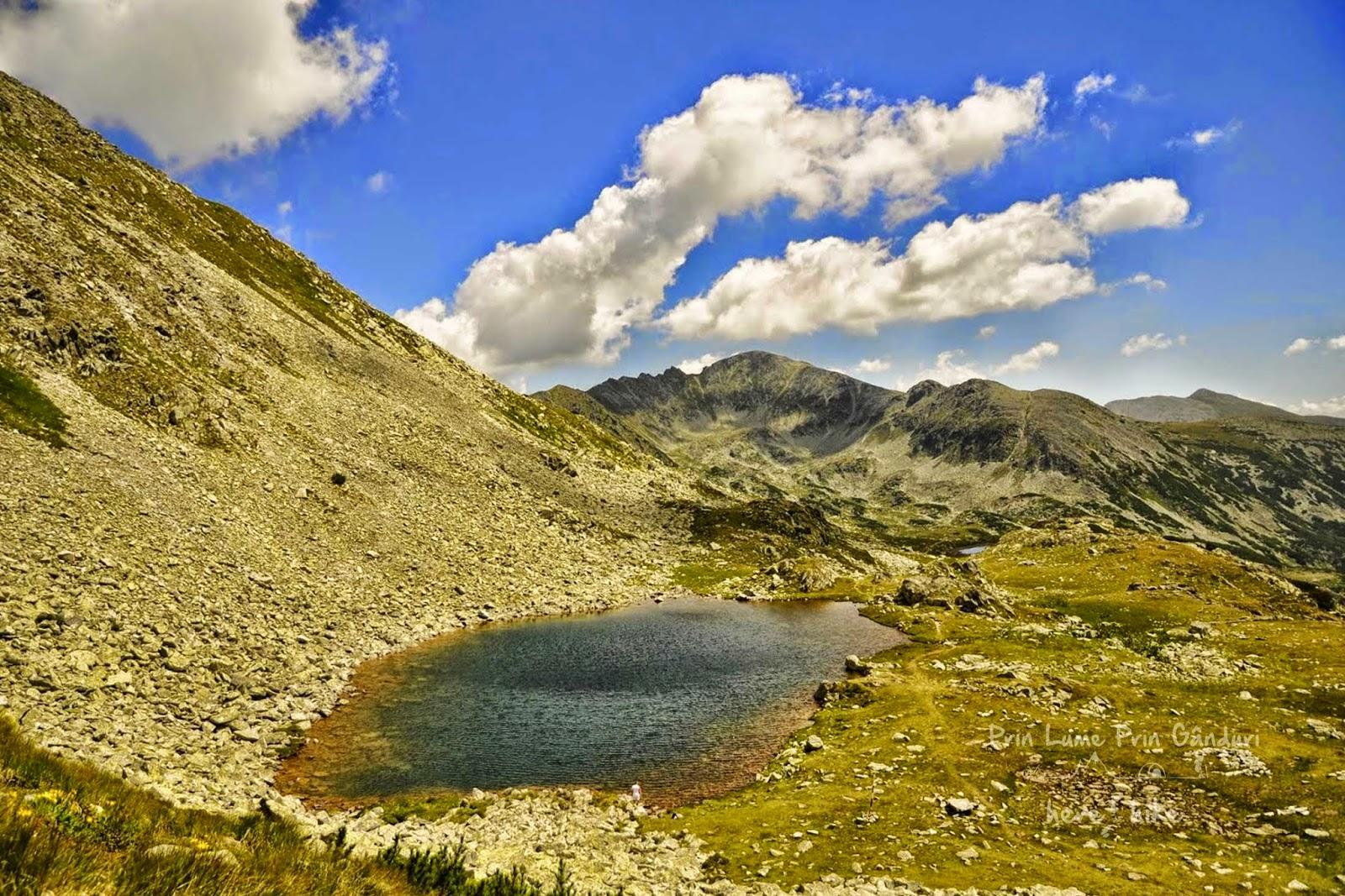 retezat-peak-hike-taul-portii-view