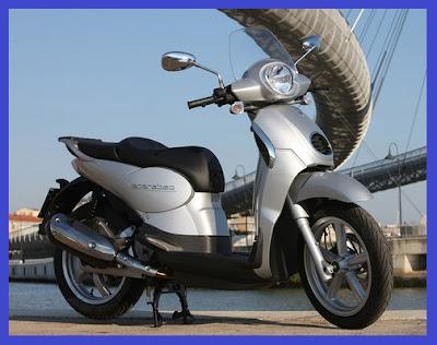 Aprilia Scarabeo 200.b - Gambar Foto Modifikasi Motor Terbaru.jpg