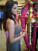Asmita sood at Jos Alukkas Vijayawada Showroom-thumbnail-7