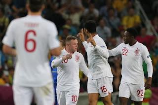 Manchester United ID, Wayne Rooney, Inggris v Italia
