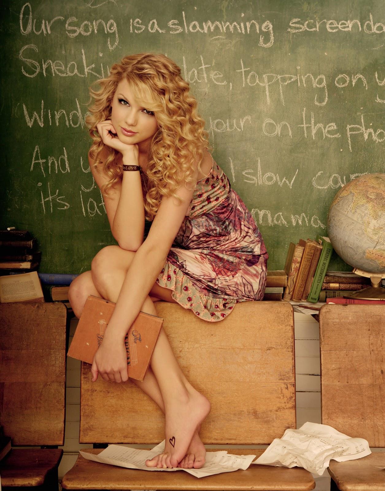 http://4.bp.blogspot.com/-nc3HYiEc9lk/T4zp2ao8WSI/AAAAAAAADRE/UzDzBrUE-bg/s1600/Taylor-Swift-Feet-8.jpg