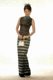 Model Su Shun Le