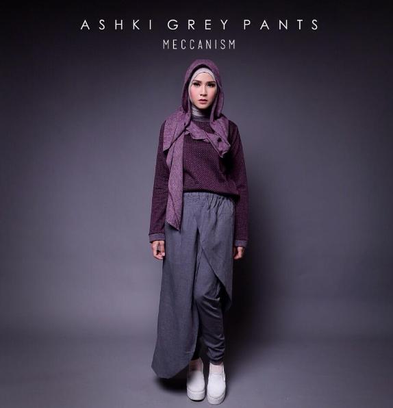Contoh Gaya Casual Pakaian Muslim Wanita Ala Zaskia Adya