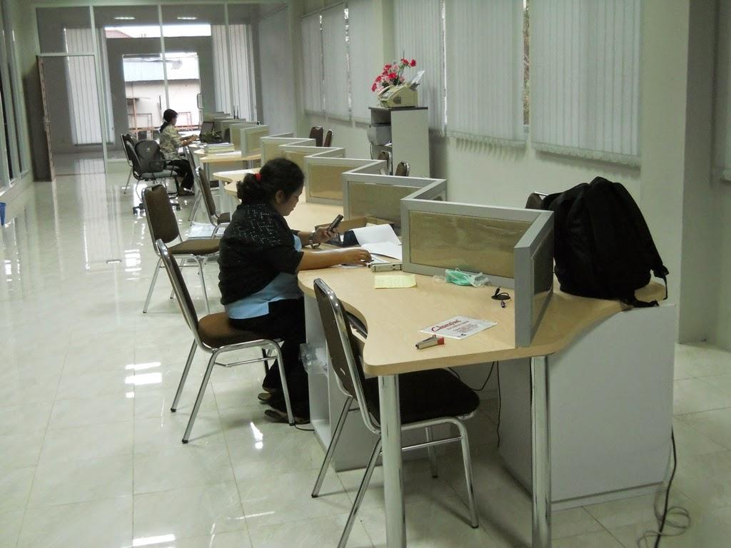 meja kantor zig zag - semarang