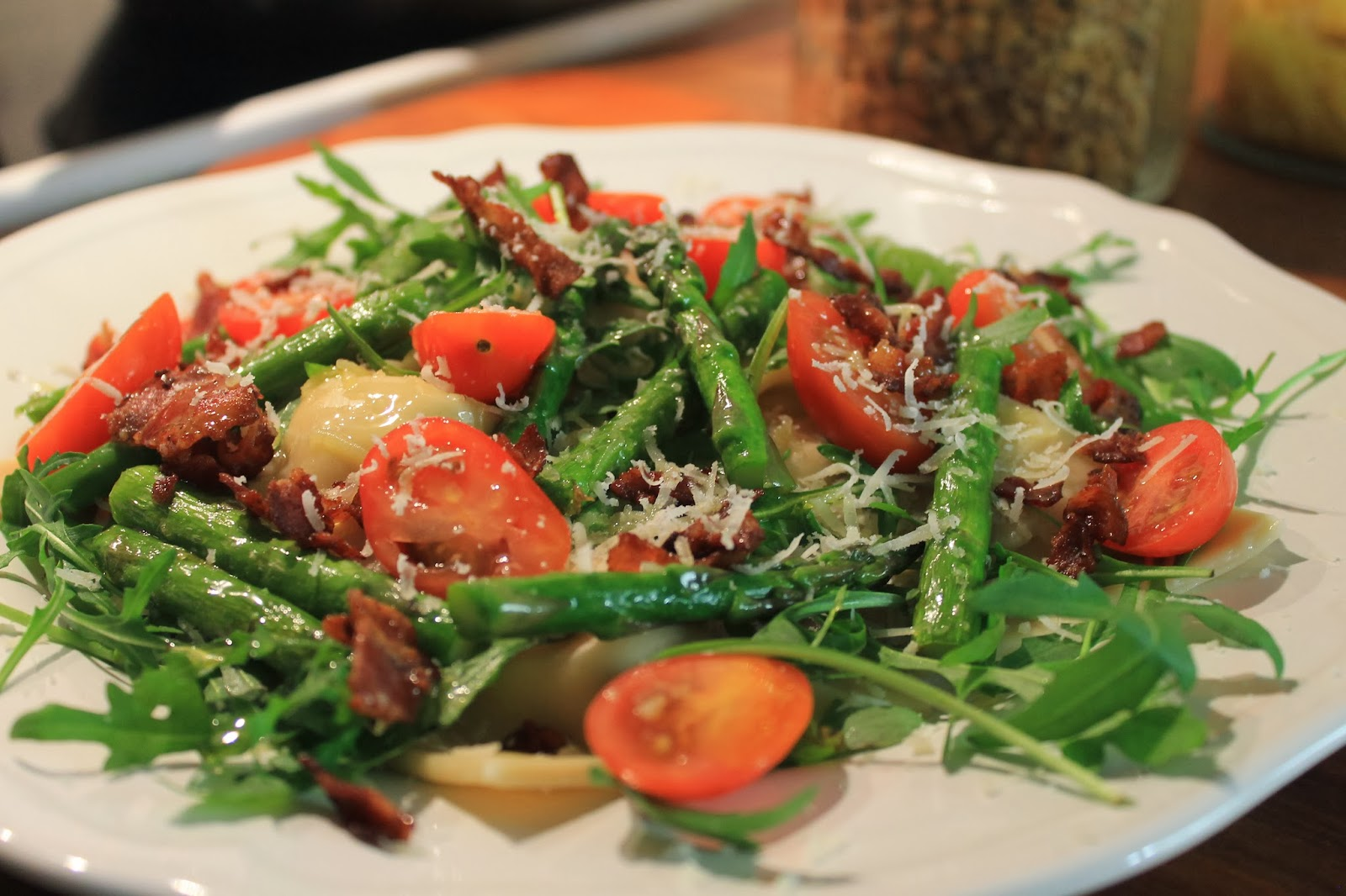 Hemmagjord ravioli med pepparrotsfyllning