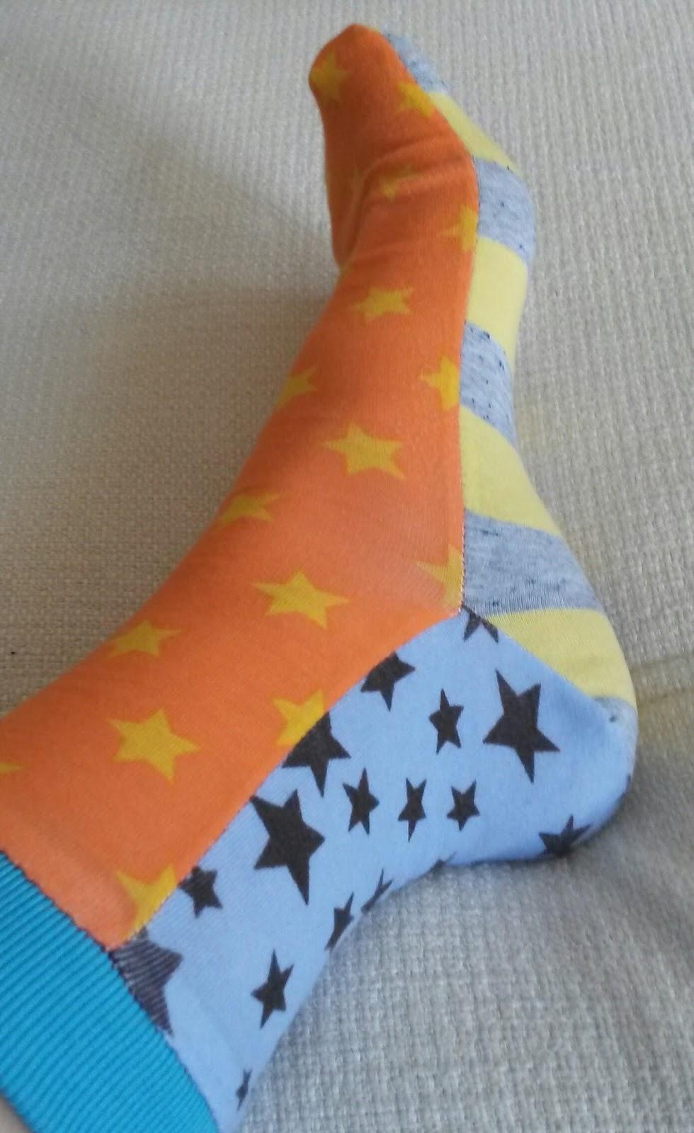 5 vor 12: Hillis Bunte Socken