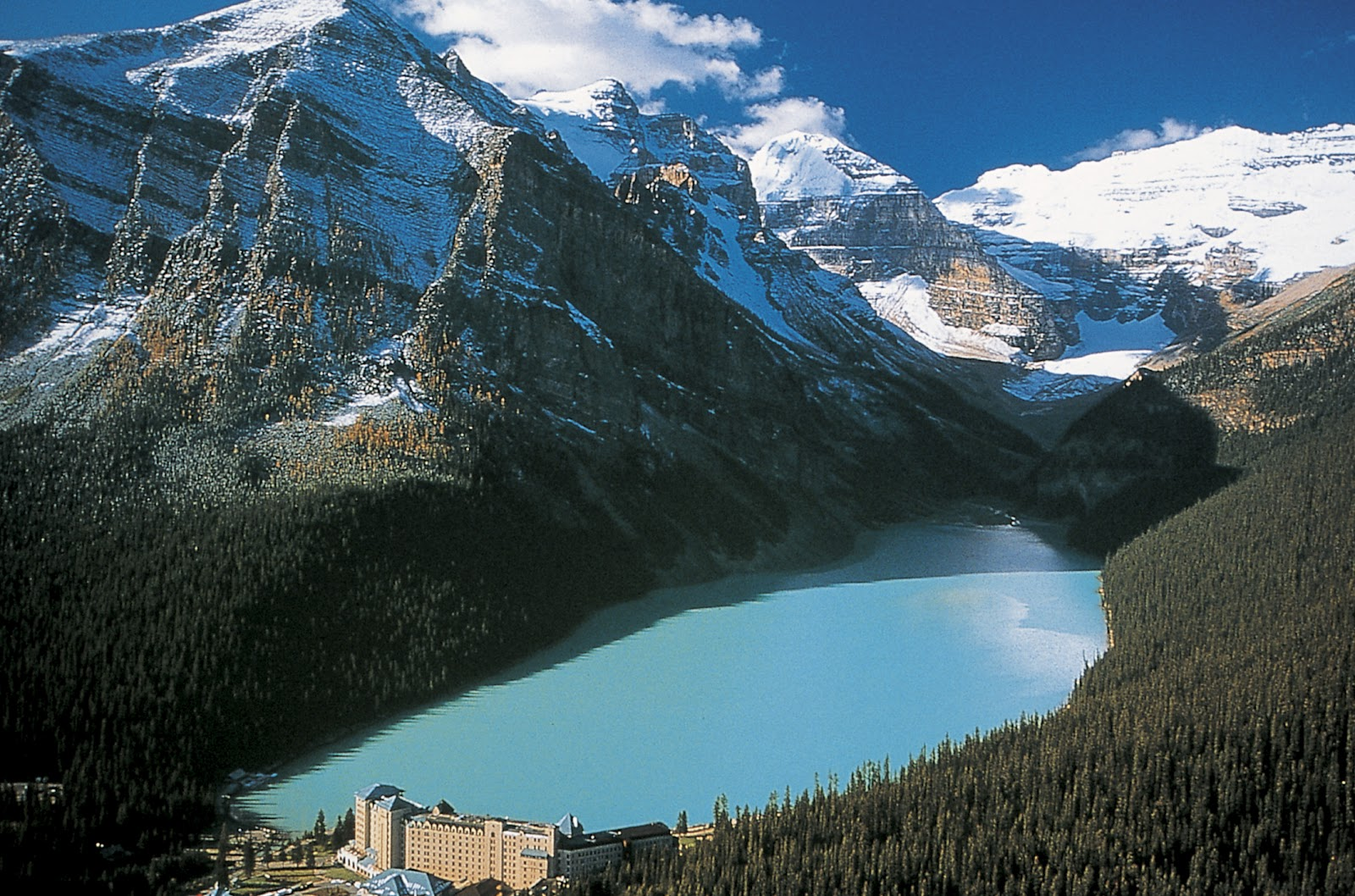 World Visits Cool Lake Louise In Alberta Canada