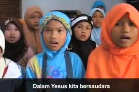 Video kristenisasi anak Kelud