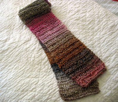 Free Drop Stitch Knitting Patterns : DROPPED STITCH SCARF PATTERN FREE PATTERNS