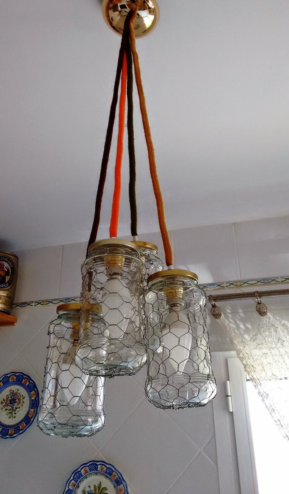 Manualidades merrajo yoli me gusta reciclar como - Manualidades con lamparas ...