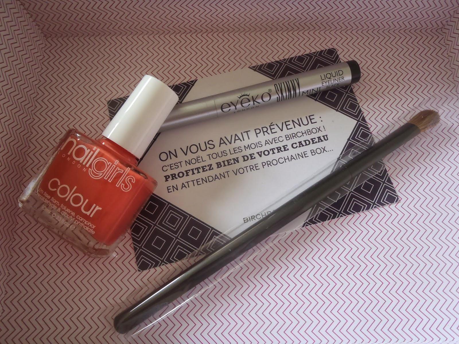 produits birchbox mars 2014, vernis nail girl colour, pinceau birchbox, carte de bienvenue, box beauté, eye liner eyeko, echantillons