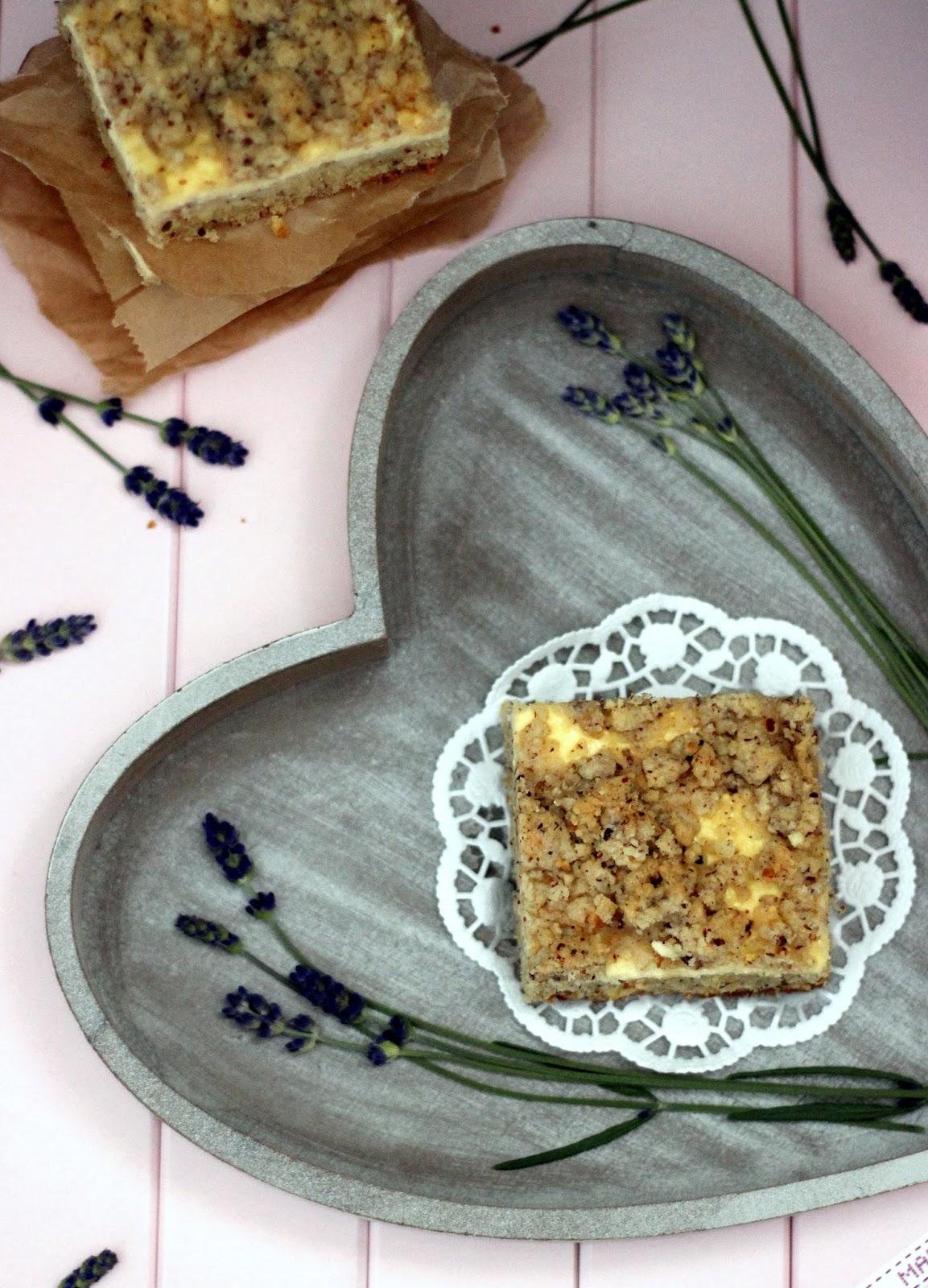 sandra s tortentr umereien rezi friday mit griechischem joghurt zitrone kuchen aus dem buch. Black Bedroom Furniture Sets. Home Design Ideas