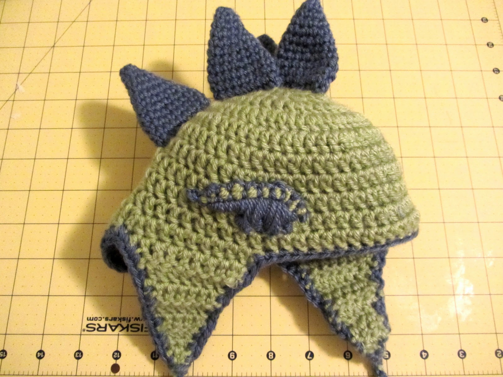 Bright and Shiny - Lovely and Good: Crochet Dinosaur Hat