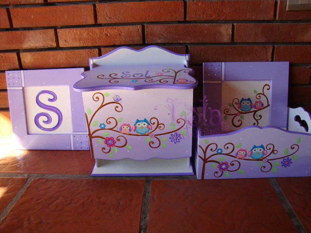Lola Artesanías: Set Pañalera, portacosmetico y cuadros en lila ...