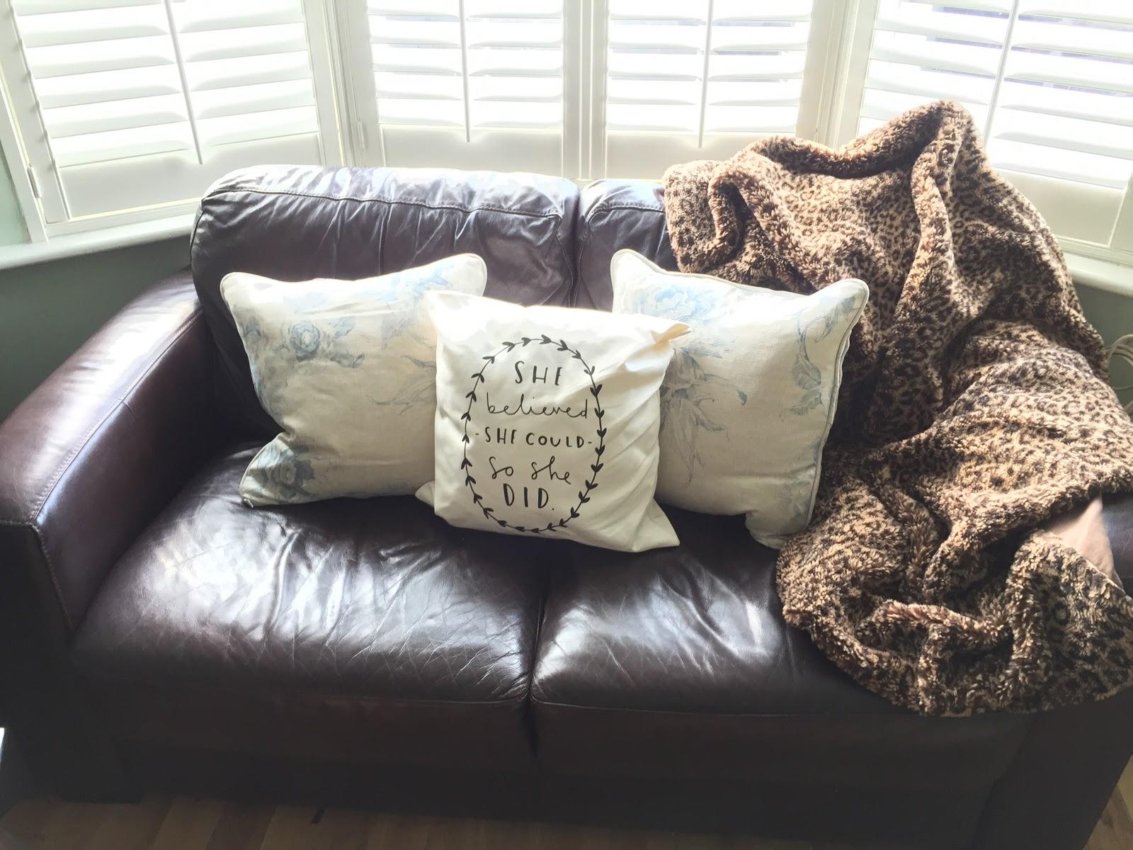 Lifestyle | Cute Cushions by Sofa Sofa