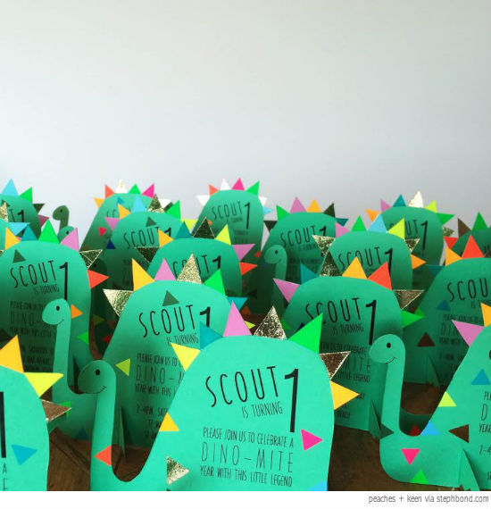 Bondville: Cutest dinosaur birthday party invites from ...