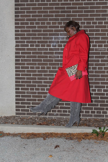 A-simple-t-shirt-and-jeans-allow-the-gray-suede-fringe-over-the-knee-boots-and-vintage-red-trench-coat-take-the-spotlight