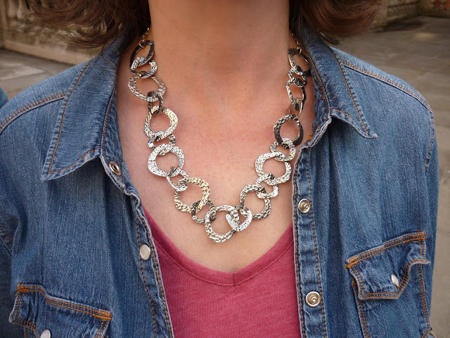 Denim Shirt & Hammered Silver Necklace | PetiteSilverVixen