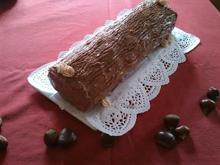 Tronco de chocolate relleno de crema de castañas