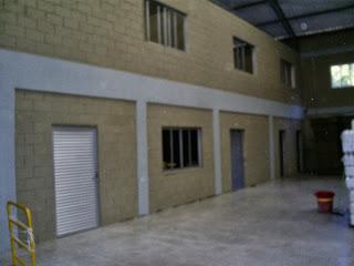 Portas e janelas em alumínio fosco