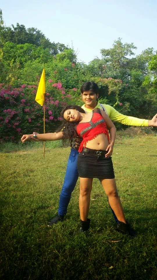 Arvind Akela Kallu & Tanushree Photo Shooting For Hukumat 2015 Bhojpuri Movies