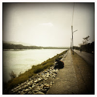 Path next to river Ganges