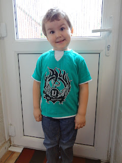 Big Boy wearing an Ed Joseph Green Layered TShirt