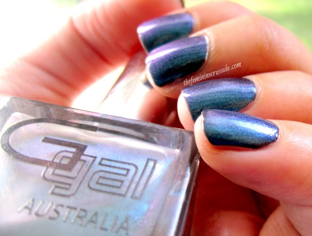 Picture of Glitter Gal Duochrome Hell-Bent Blue