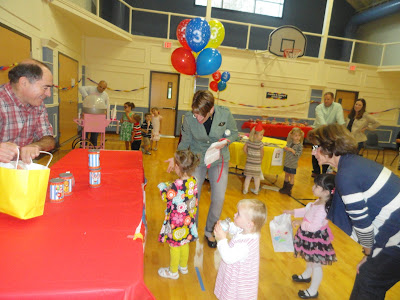 WORDLESS WEDNESDAy: THIRD BIRTHDAY CARNIVAL PARTY!!!