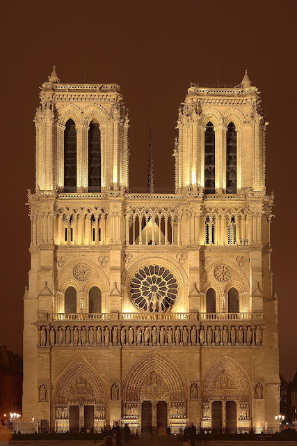 صور رائعة من باريس  Top_10_things_to_do_while_in_paris_notre_dame_de_paris1_0