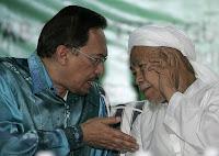 Datuk Seri Anwar Ibrahim VS Datuk Haji Nik Aziz