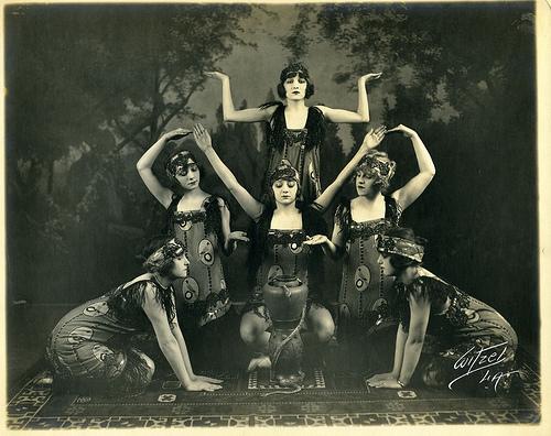 vintage dance snakes