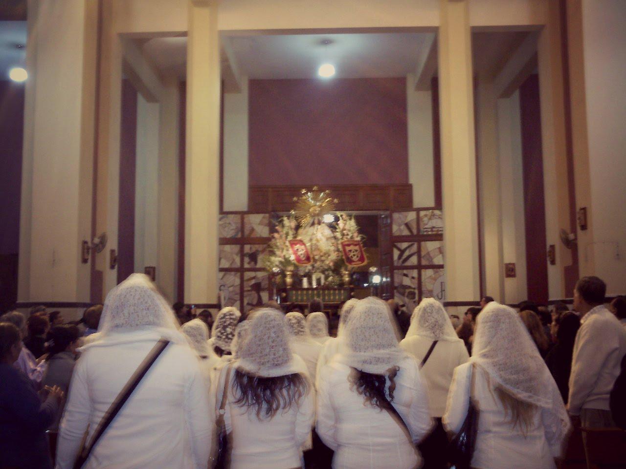 """""""La humildad es la etiqueta que exige el ceremonial para las audiencias con Dios"""". (P. Alfonso Mila"""
