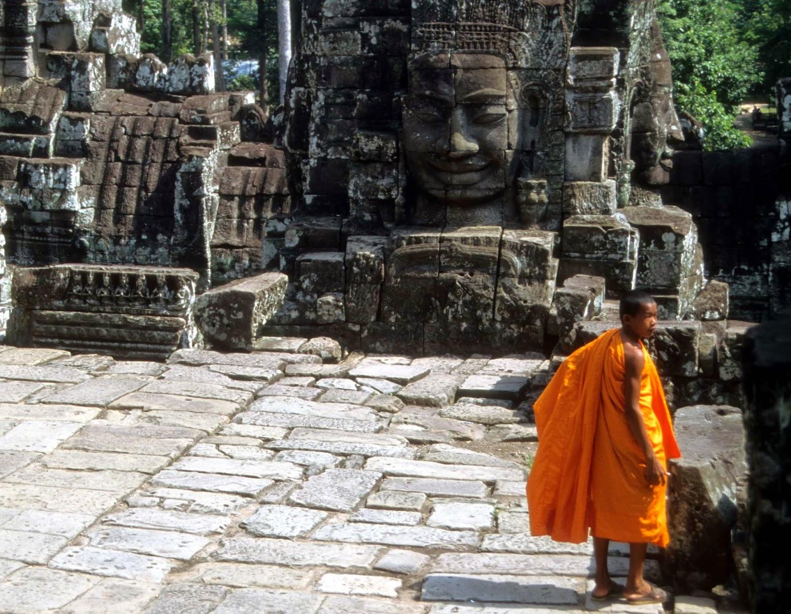 monk, Cambodia, Bayon Temple
