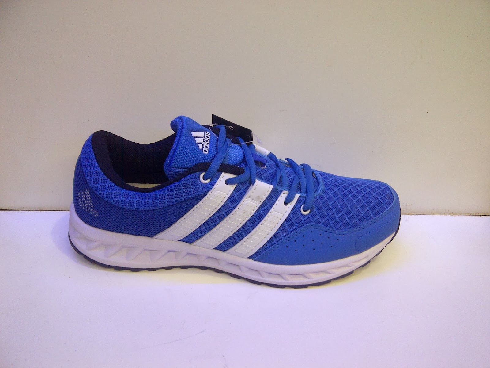 Foto Adidas Falcon Elite 2, adidas running biru, toko sepatu adidas, adidas senam, adidas aerobik